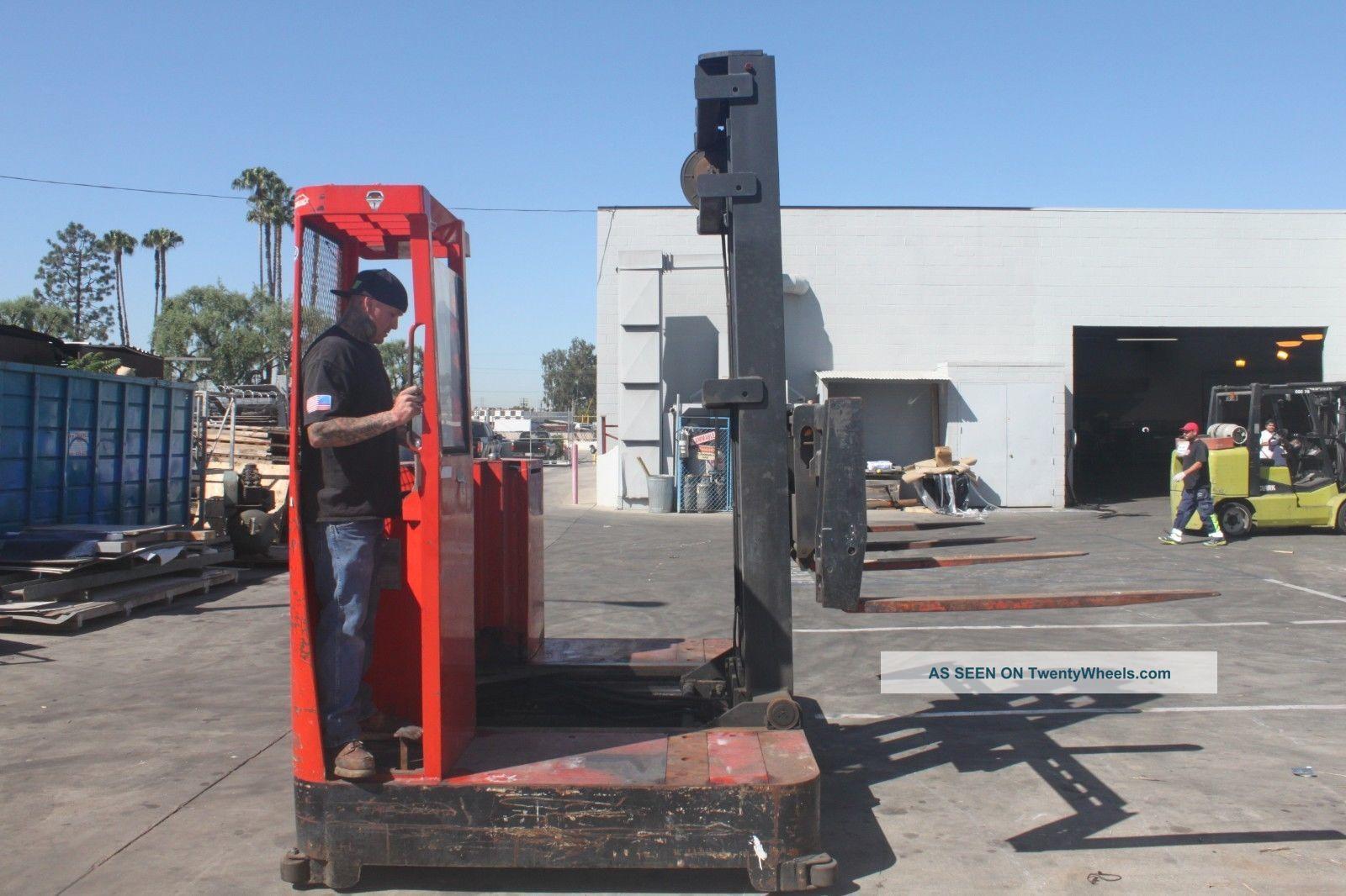 Raymond Side Loader Forklift With Charger Lgw on Komatsu Backhoe Loader