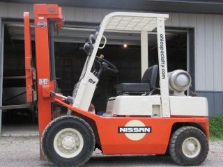 Heavy equipment forklifts commercial vehicle museum for Tow motor vs forklift