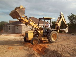 Ford 555 D Backhoe 24