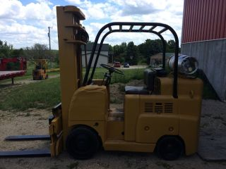 Allis Chalmers F60 - 24ps Forklift photo