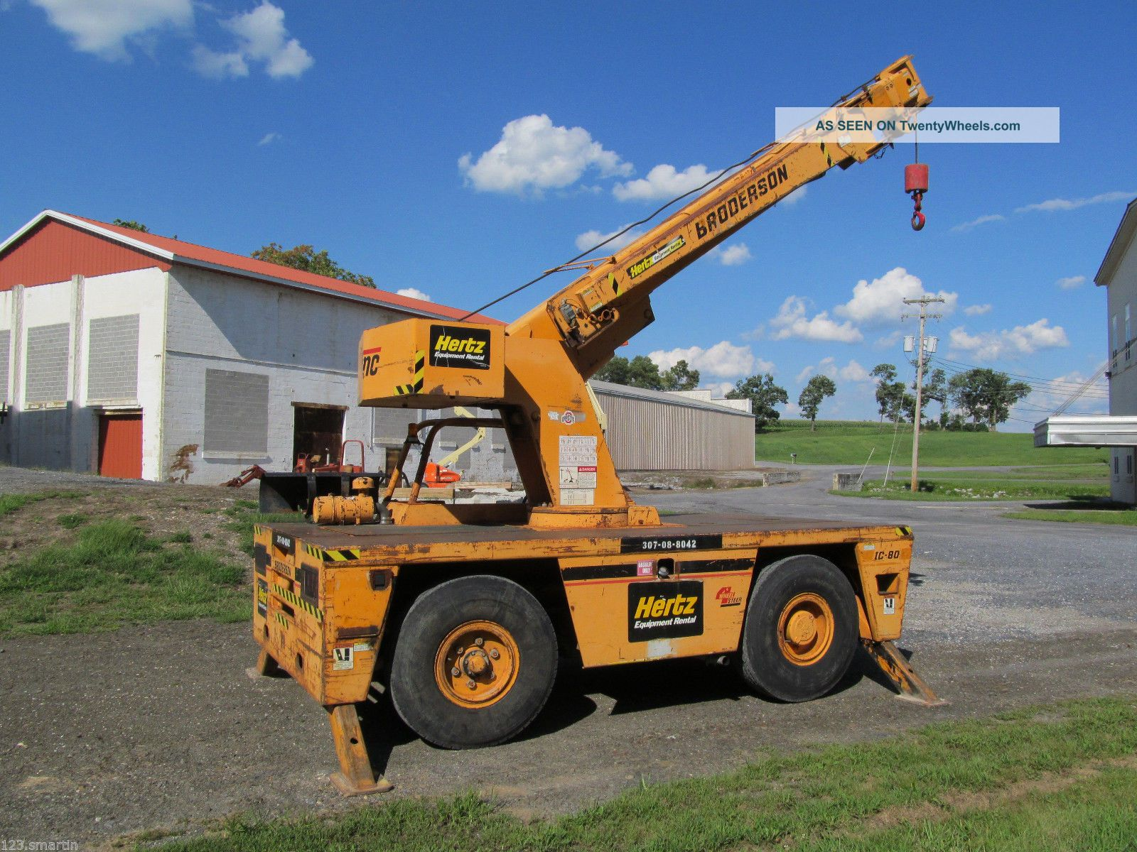 1999 Broderson Ic - 80, Carry Deck Crane, Ic 80 - 2f, 17, 000 Max.  Capacity, Lp Gas