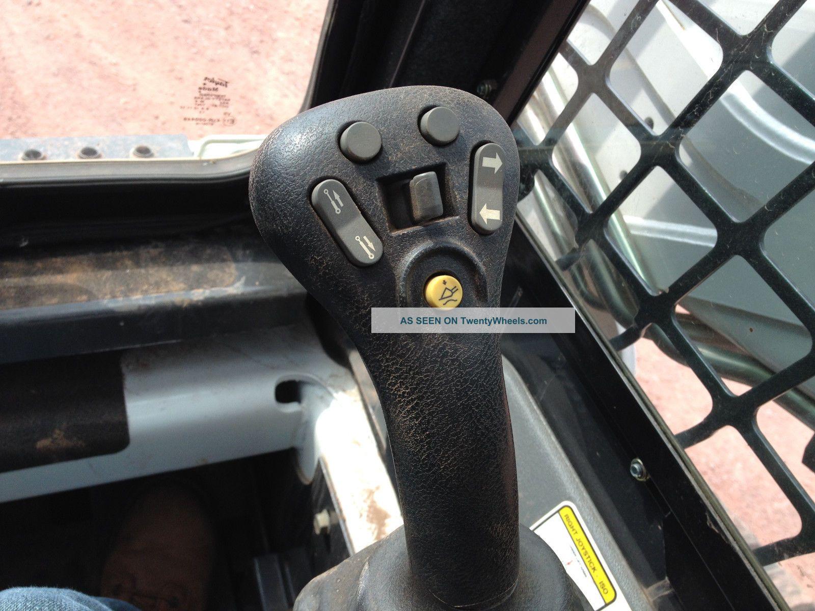 Skid Steer Controls : Bobcat t track skid steer loader joystick controls