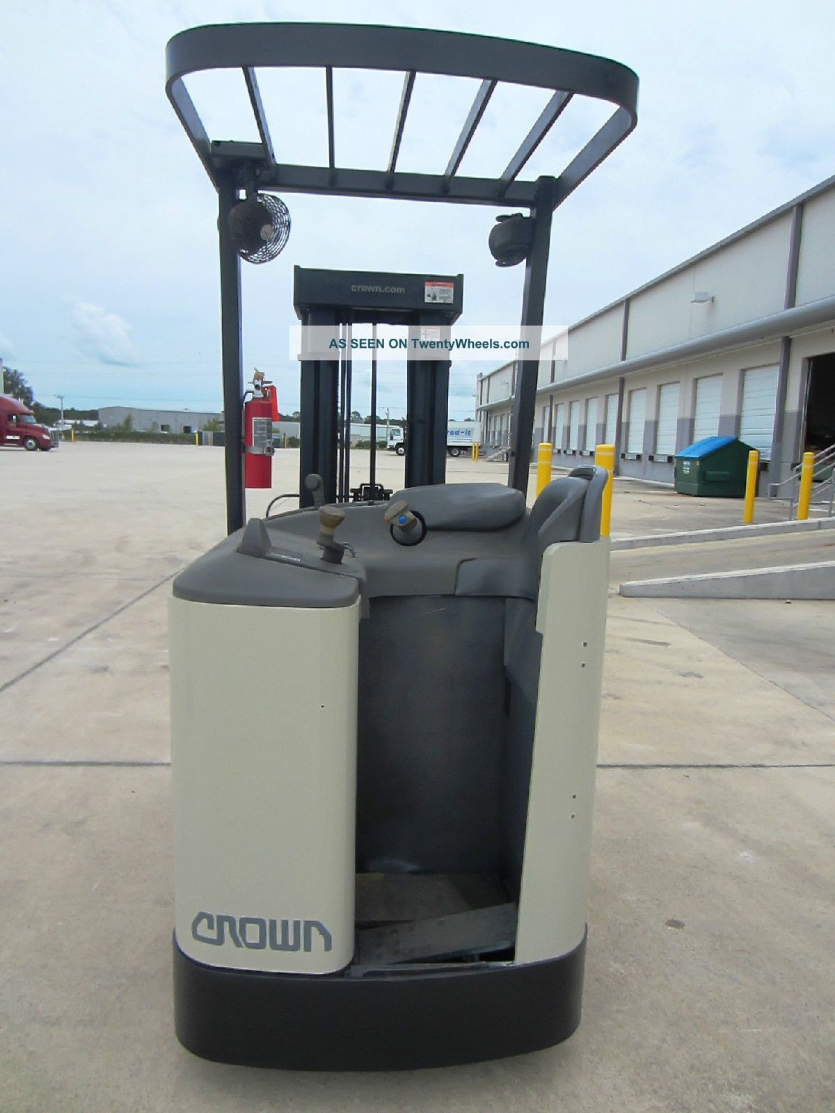 2007 Crown Rc3020 30tt Electric Stand Up Forklift
