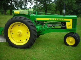 John Deere 520 Professionally Restored Loaded With 3 Point,  Fenders,  Dual Hyd photo