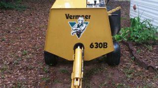 2002 630b Vermeer Stump Grinder photo