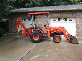 Kubota B21 Commercial Tlb Backhoe photo
