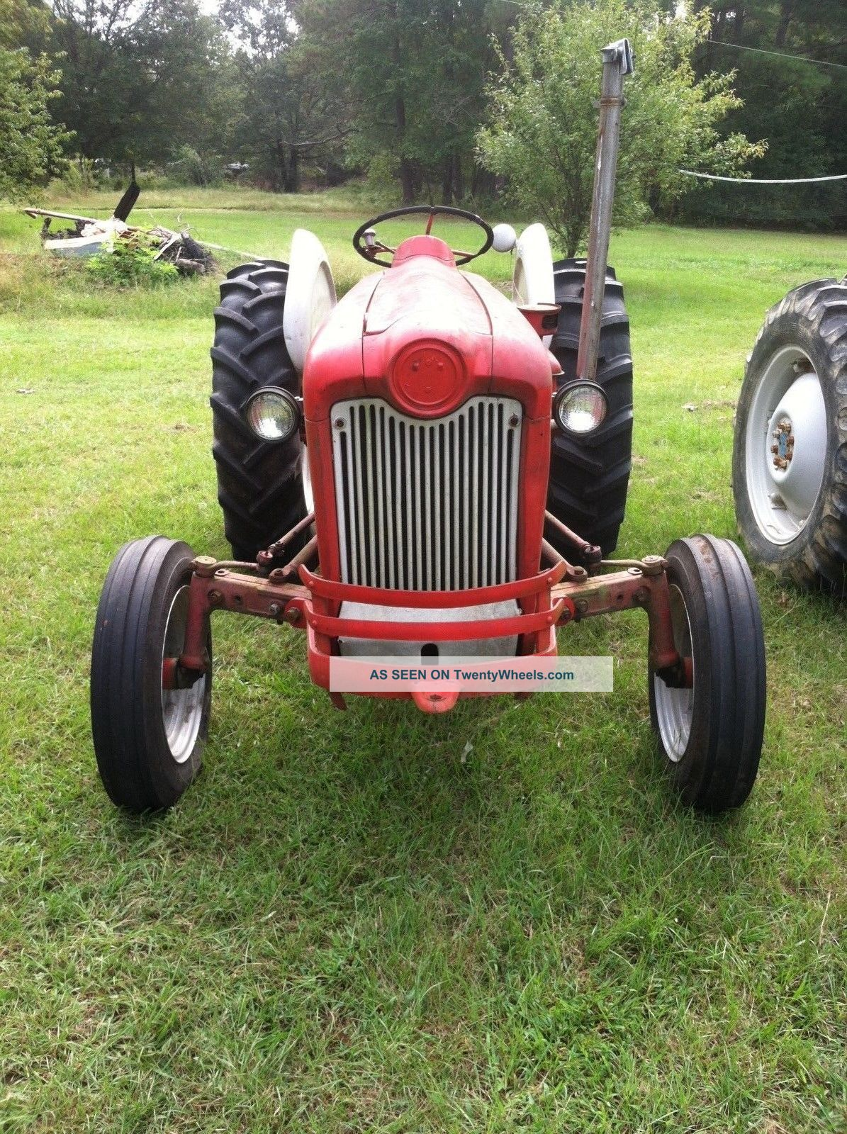 Ford 601 Tractor : Ford diesel tractor point lift with live pto