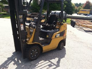 Forklift,  Caterpillar C5000lp (5000 Lb.  Capacity) photo