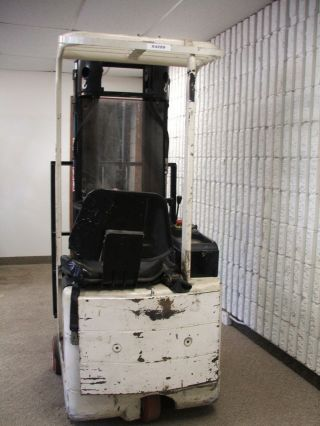 2000 Ultra Compact Mariotti 1000lb Forklift photo
