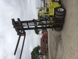 Clark Forklift 12000 Lb,  8 ' Forks,  Inlucded photo