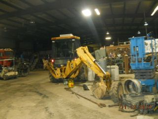 1994 John Deere 4x4 Turbo Back Hoe photo