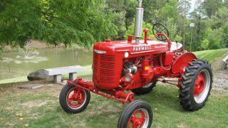 Farm Tractor 1942 Farmall A Culti Vision photo