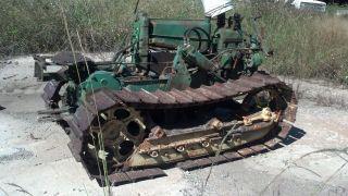 John Deere Track Type Model Mc Crawler / Two Cylinder Gas Engine photo