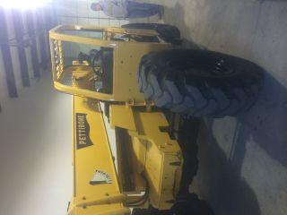 Pettibone Telescopic Forklift T 8044 photo