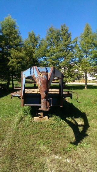 Gooseneck Flatbed Trailer/truck/tractor/farm/ photo