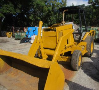 Caterpillar Backhoe 1997 photo