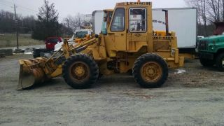 Caterpillar 910 Loader photo