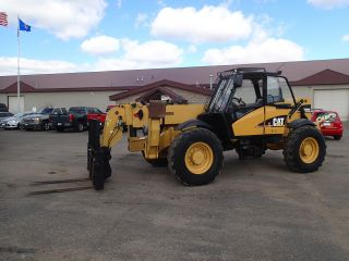 Caterpillar Th560b Telescopic Forklift Material Handler - Enclosed Cab - 44ft photo