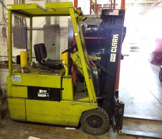 Electric Clarklift Forklift Clark Tm20 photo