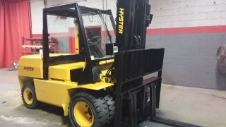Forklift photo