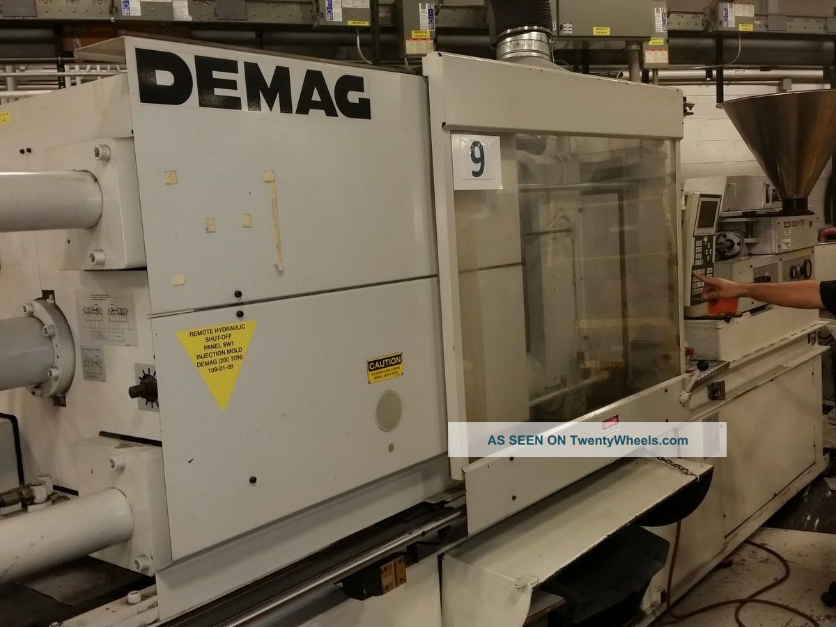 1990 200 Ton Demag D200ncii Plastic Molding Other photo