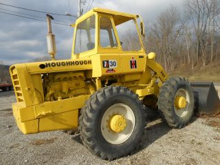 Hough 30 4x4 Loader Diesel Cab And All Good Tires Old But Good In Pa photo