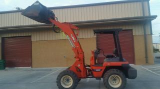 Kubota R520 Loader photo