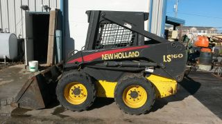 Holland Skid Steer Loader photo