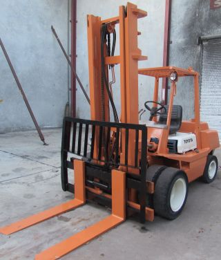 Toyota Forklift 8,  000 Lbs Capacity photo