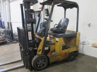 2009 Caterpillar E5000 Forklift; 82/186 Triple; Sideshift; 8665 Hrs; No Battery photo