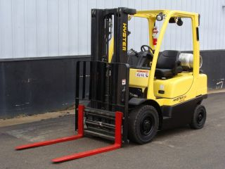 Hyster H50 Forklift photo