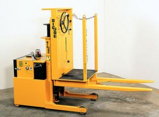 Electric Forklift Big Joe Model Sscm - 20 - 67 Orig $12,  000 Pickup In San Francisco photo