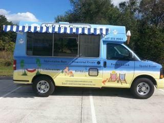 2013 Chevrolet 2500 Express Cargo Van, photo