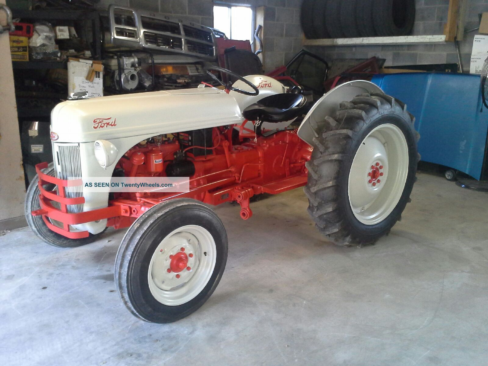 1949 Ford Tractor 8n