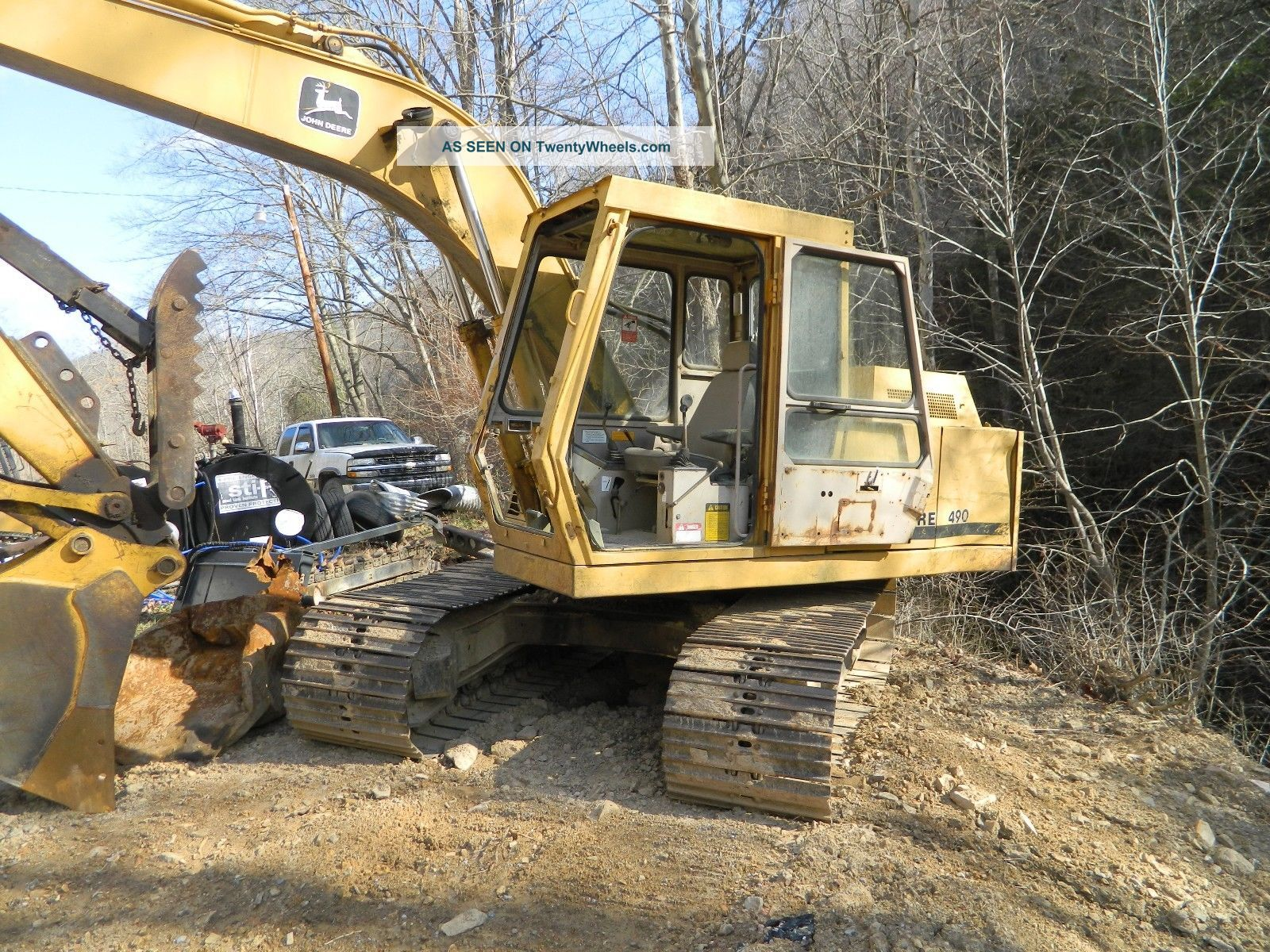 John Deere 490 Excavator With Thumb 30 Bucket Brush Grle