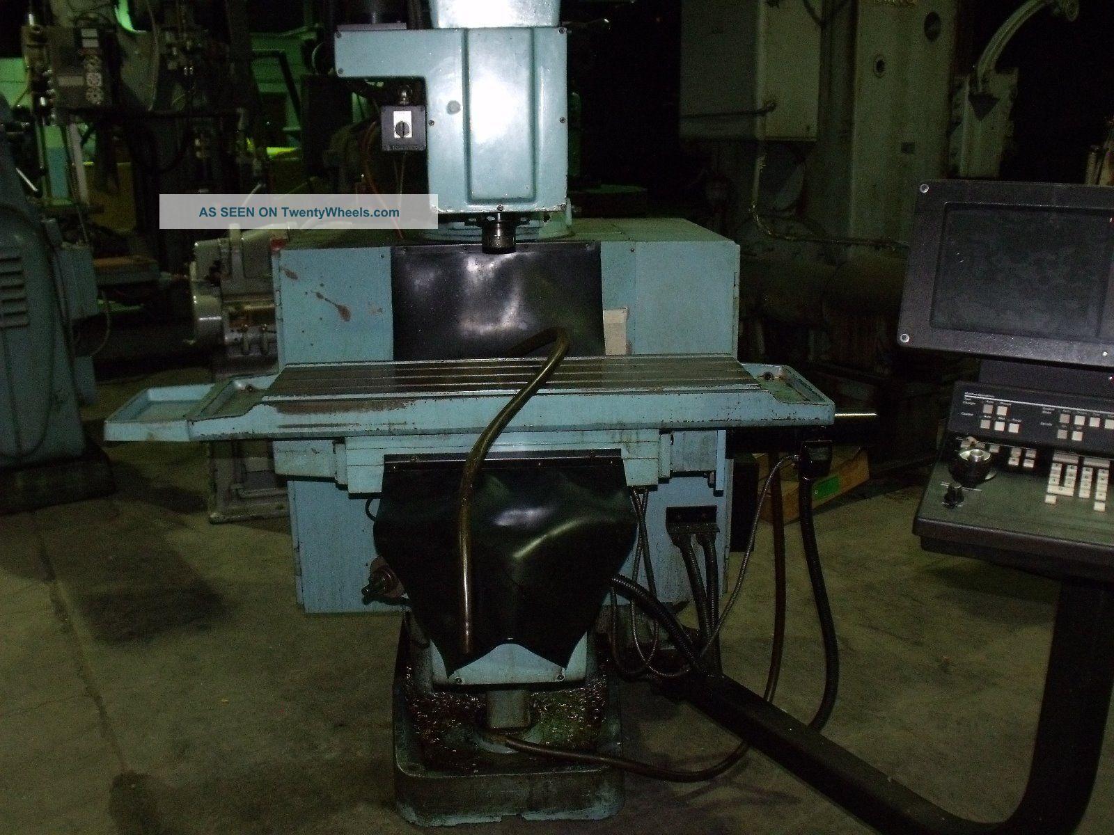 Hurco Cnc Mill Model Km - 3p S/n Kdb8013059e Milling Machines photo