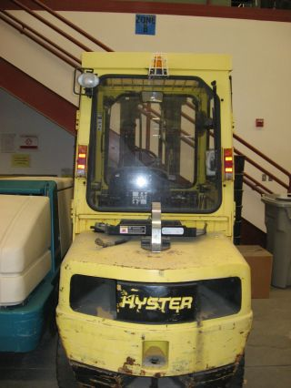 2004 Hyster 6,  000 Lb Propane Forklift photo