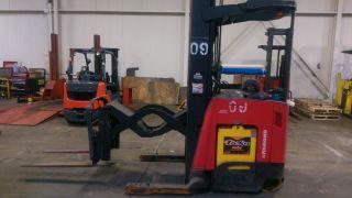 2008 Raymond Reach Truck.  7400 - R32tt.  Deep Reach.  276 In Lift.  Forklift photo