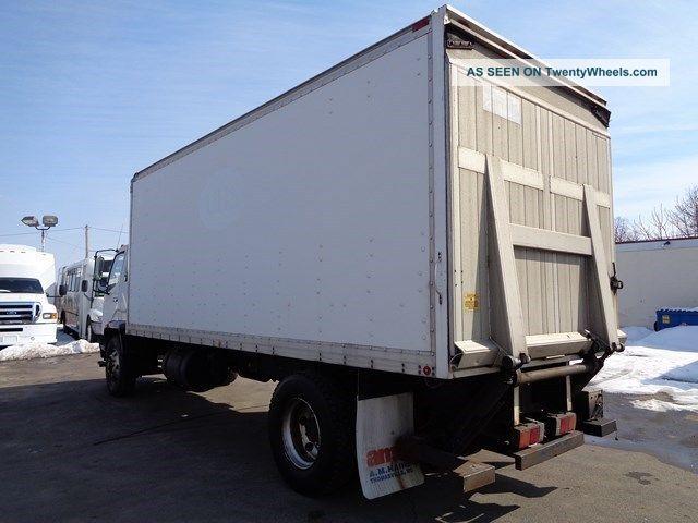 Tractor Lift Gate : Mitsubishi fuso fm box truck with lift gate