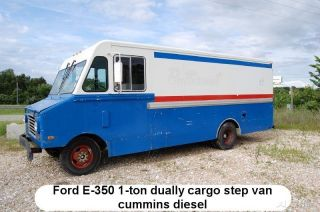 1986 Ford E - 350 Cargo Step Van photo