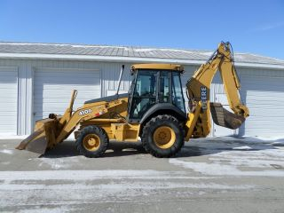 John Deere 410g Backhoe/loader - 4x4 - Ext.  Hoe - Powershift photo