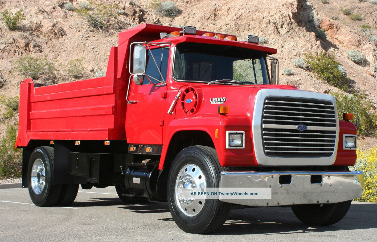 1987 Ford L8000 Dump Trucks photo