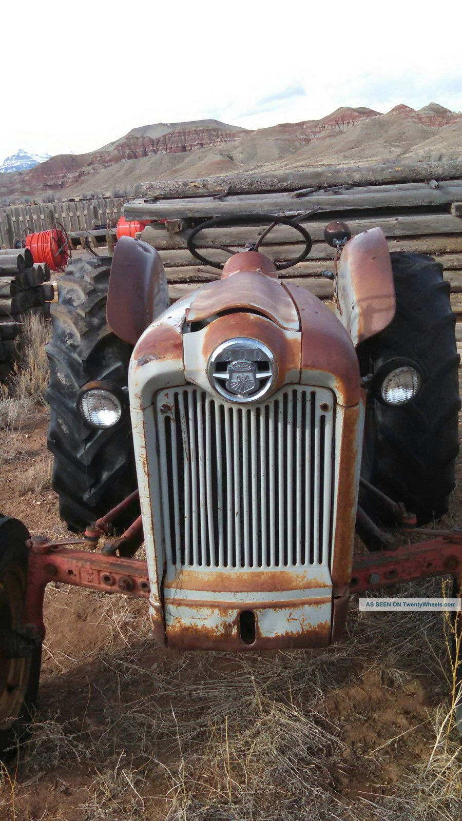Ford 600 Tractor Farm : Ford tractor