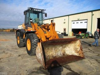 2003 Case 521d Articulated Wheel Loader,  Cab,  Heat,  3rd Valve,  5682 Hours photo