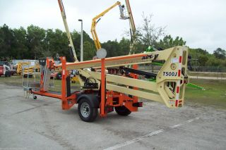 Jlg T500j Towable Boomlift,  56 ' Workheight,  Auto Level,  Intro Special $39900 See Ad photo