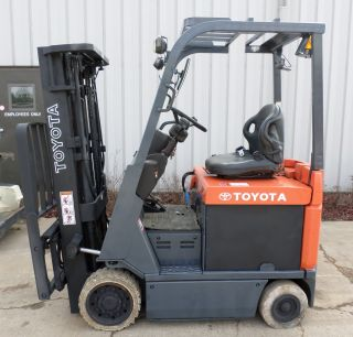 Toyota Model 7fbcu18 (2005) 3500lbs Capacity Great 4 Wheel Electric Forklift photo