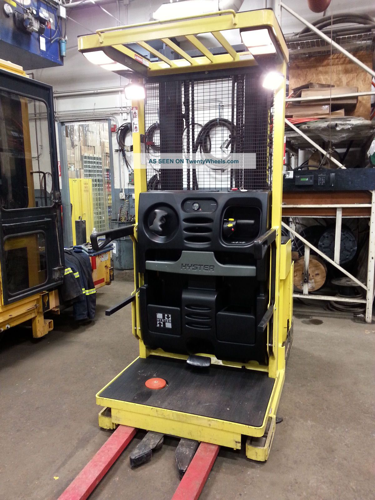 Hyster Stock Picker Forklift Order Forklifts photo