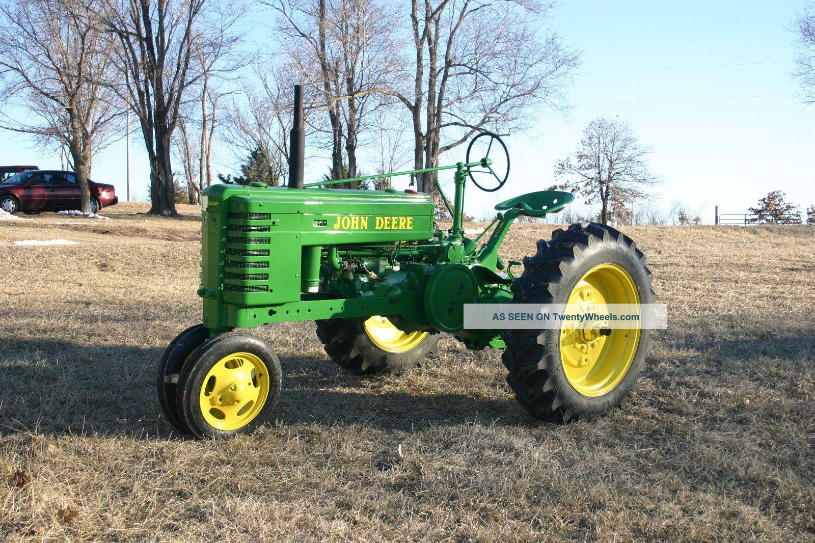N Deere John Deere H Tractor