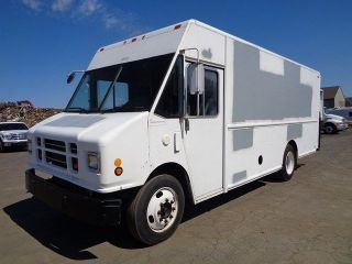 2005 Freightliner Mt55 P1000 Long Body Step Van Cummins Turbo Diesel photo