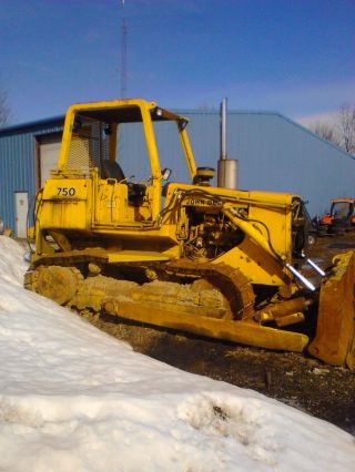 John Deere 750 Bulldozer photo